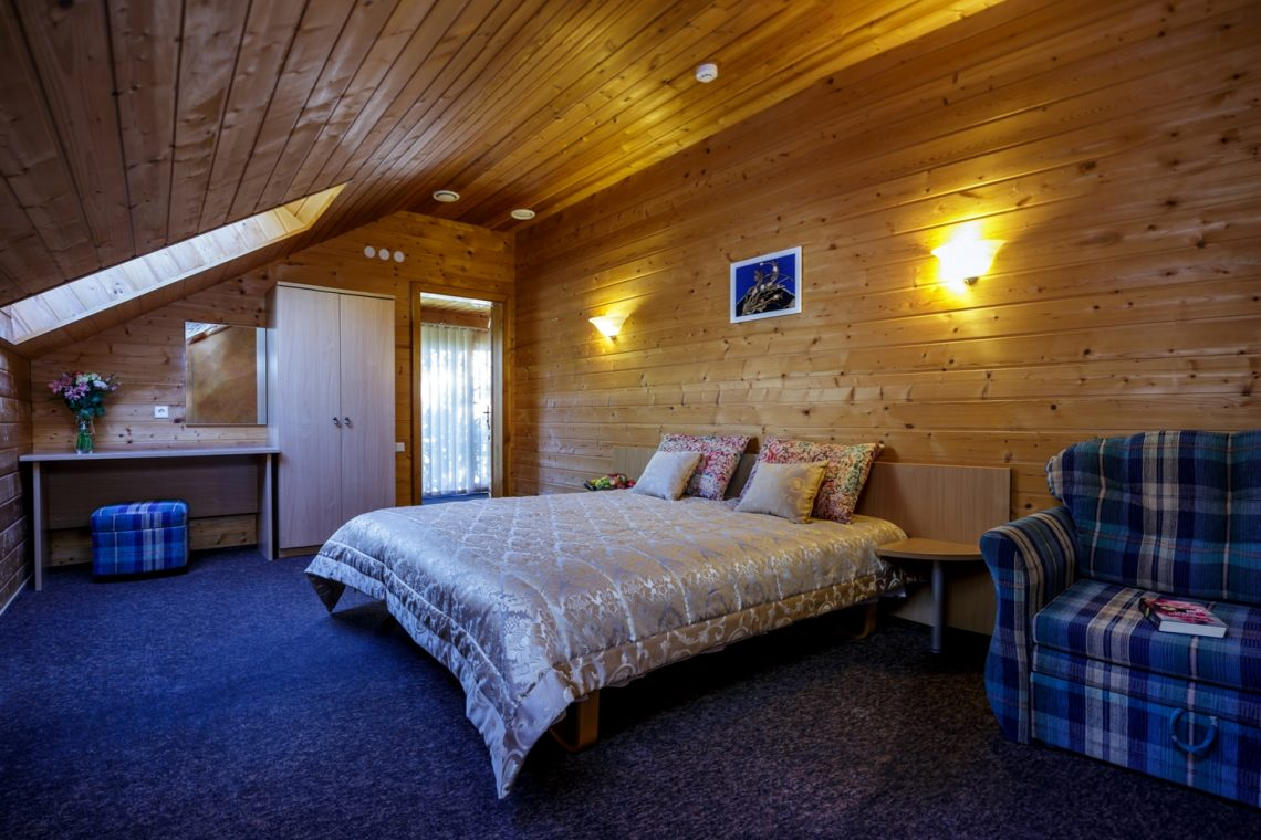 Miegamasis su dvigule lova